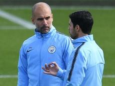 En el City no quieren que la salida de Guardiola les pille por sorpresa. AFP