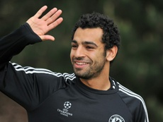 Salah pasó sin suerte por el Chelsea, pero dejó algunos destellos de su clase. AFP
