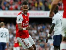 Arasenal y Tottenham empataron 2-2 en el Derbi del Norte de Londres. AFP