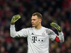 Neuer renovou com o Bayern de Munique nesta quarta-feira. AFP