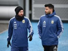 Agüero não daria a Bola de Ouro para Messi. AFP
