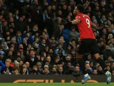 Los goles de Rashford y Martial tumbaron al City. AFP