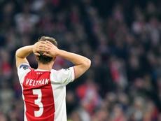 Veltman es uno de los capitanes del Ajax. AFP