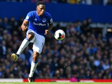 El Everton busca defensas. AFP