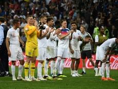Inglaterra fue advertida por cánticos políticos. AFP