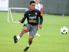 Renato Tapia llegó a Vigo para buscar piso. AFP