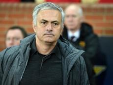 Mourinho está enfadado por la lesión de Jones. AFP