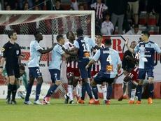 El Ajaccio-Le Havre acabó con cuatro expulsados, dos por cada equipo. AFP