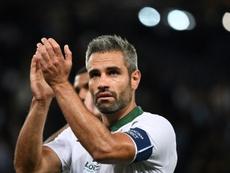 Perrin se despidió de la afición del Saint-Étienne. AFP