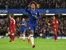Willian pedía tres años más de contrato al Chelsea. AFP