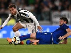 Marchisio ve a Pogba en la Juventus. AFP