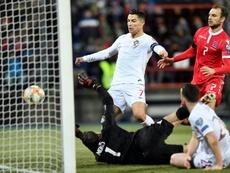 Cristiano juega con molestias. AFP