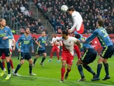 El Feyenoord hizo público su segundo positivo por COVID-19. AFP