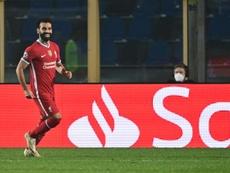 Liverpool e Londres poderão receber torcedores em seus estádio em dezembro. AFP