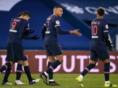Neymar e Kylian Mbappe foram responsáveis por três gols contra o montpellier. AFP