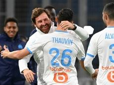 El Sevilla no pierde de vista a Thauvin. AFP