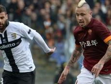 Antonio Nocerino (i) podría jugar de nuevo en Italia. AFP