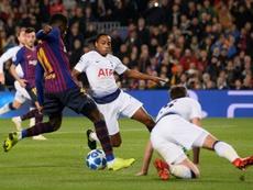 Este gol de Dembélé es candidato a ser el mejor de la fase de grupos. AFP