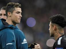 Cristiano Ronaldo et Neymar ne seraient pas contre l'idée de jouer ensemble. AFP