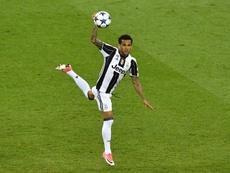 ¿Veremos a Alves vestido con la camiseta del City? AFP