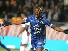 Adama Niané, internacional con Mali, fue expulsado por golpear al capitán de la Selección. AFP