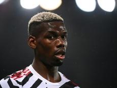 El United duda si renovar o no a Pogba. AFP