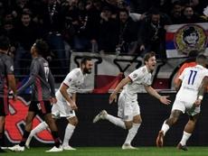 El Benfica reaccionó tarde ante el Lyon. EFE