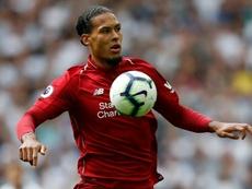 Van Dijk es uno de los artífices de la mejora defensiva del Liverpool. AFP