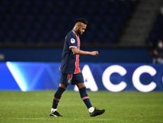 Neymar sort sur blessure. afp