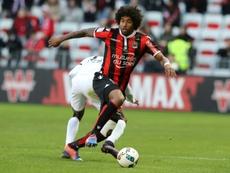 Dante mandó un 'recadito' a Balotelli. AFP