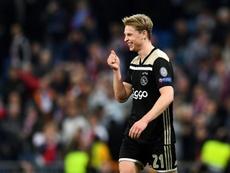 Busquets ya tiene heredero: De Jong y su histórico récord en Champions. AFP