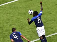 Umtiti debutó en un Mundial ante Australia. AFP