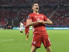 Inglaterra, rendida a Lewandowski. AFP