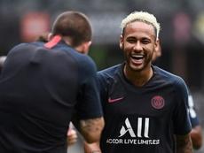 Neymar treina normalmente e não está descartado para estreia. AFP