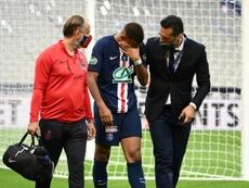 Kylian Mbappé absent pour trois semaines. AFP