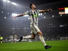 Cristiano, forzando y marcando un penalti en el 96', dio la victoria a la Juve. AFP