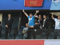 Messi y Maradona podrían poner la cara a algunos billetes argentinos. AFP