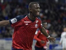 El Lille salió vivo de Lyon. AFP