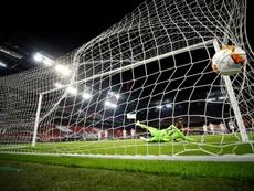 El United sobrevive a sus propios nervios y fantasmas. AFP