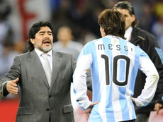 Maradona entretient une curieuse relation avec Messi. AFP