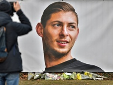 Sala's former club pay their final tributes in their first home game since his death. AFP