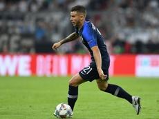 El Bayern promete que seguirá conversando con Lucas para ficharle. AFP