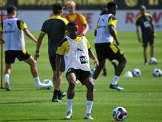 Moukoko podría debutar este martes en Champions League. AFP