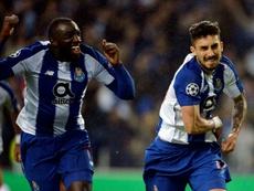 Chelsea prêt à rattraper le PSG pour Telles. AFP