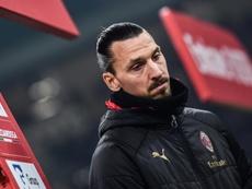 Zlatan Ibrahimovic sofreu lesão de panturrilha de baixo grau. AFP