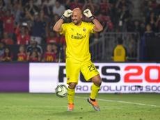 Pepe Reina podría volver a LaLiga de la mano del Valencia. AFP