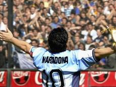 Pelo menos três times brasileiros tentaram contratar Maradona.
