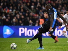 Diagné desoyó al entrenador, tiró el penalti, falló... y en Bélgica no le perdonan. AFP