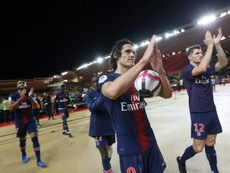 Na França, afirmam que Cavani já se despediu do vestiário do Paris Saint-Germain. AFP