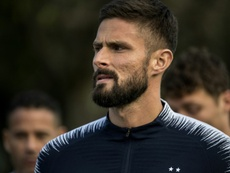 Giroud quiere jugar. AFP